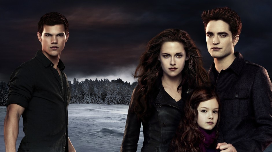 fashion_scans_remastered-twilight-breaking_dawn_2-artwork-scanned_by_vampirehorde-hq-2